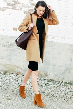 look boots trench coat street style