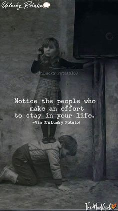 "Quotes Discover 101 Amazing Quotes about Best Friends ""Notice the people who make an effort to stay in your life. Wise Quotes, Words Quotes, Motivational Quotes, Inspirational Quotes, Sayings, Qoutes, Loner Quotes, Soul Quotes, Real Life Quotes"