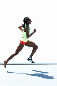 This Amazing Ethiopian Athlete Finished Her Race With Just One Shoe