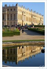 Reflection of Versailles