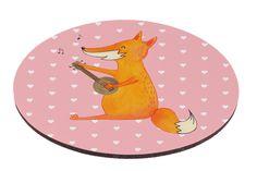 Mauspad rund Fuchs Gitarre aus Naturkautschuk  black - Das Original von Mr. & Mrs. Panda.  Ein wunderschönes rundes Mouse Pad der Marke Mr. & Mrs. Panda. Alle Motive werden liebevoll gestaltet und in unserer Manufaktur in Norddeutschland per Hand auf die Mouse Pads aufgebracht.    Über unser Motiv Fuchs Gitarre  Die Fox-Edition ist eine besonders liebevolle Kollektion von Mr. & Mrs. Panda. Jedes Motiv ist - wie immer bei Mr. & Mrs. Panda - handgezeichnet und wird in unserer Manufaktur im…
