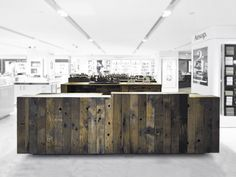 aesop shop located in lane crawford, hong kong by chinese/german architecture firm cheungvogl.