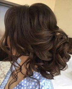 Best Ideas For Wedding Hairstyles : Featured Hairstyle: Elstile; Quince Hairstyles, Bride Hairstyles, Easy Hairstyles, Layered Hairstyles, Hairstyle Ideas, Grecian Hairstyles, Glasses Hairstyles, Evening Hairstyles, Updo Hairstyle