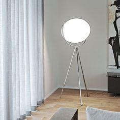 SUPERLOON: Discover the Flos floor lamp model SUPERLOON