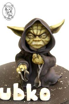 yoda by grasie Star Trek Cake, Adult Birthday Cakes, Character Cakes, Kid Movies, Cupcake Cakes, Cupcakes, Star Wars Characters, Edible Art, Sculpting