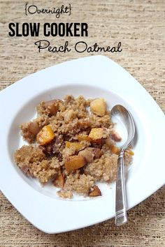 New Recipe in our 31 Days of Slow Cooker Meals series: Overnight Slow Cooker Peach Oatmeal | 5DollarDinners.com