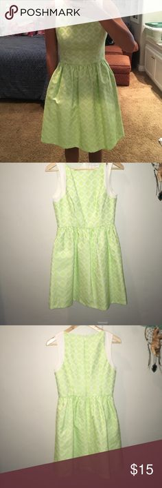 Dress Only worn one time to a Homecoming dance, great quality, has pockets, great length Jessica Simpson Dresses