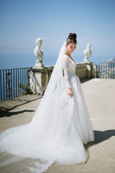 Gorgeous Winter Wedding Gowns we loved that fit for any winter wedding - Try Classic Long Sleeves or Winter wedding gowns in Deeper Shade of White Informal Wedding Dresses, Informal Weddings, Modest Wedding Dresses, Wedding Dress Styles, Wedding Gowns, Wedding Outfits, Winter Maternity Outfits, Winter Outfits Women, Winter Fashion Outfits