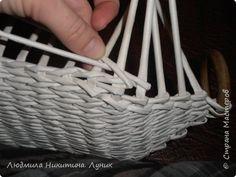Привет Страна! Выполняю просьбу мастериц - выкладываю поэтапно плетение новой формы. Сразу оговорюсь, что размеры могут быть какими вам угодно. Это может быть даже большая напольная корзина. фото 18
