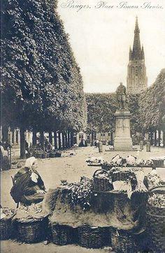 Brugge - Bruges Simon Stevinsplein - Brugs vrouwtje verkoopt kruiden - ca 1900