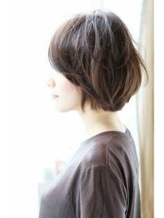 アンアミ オモテサンドウ(Un ami omotesando)【Un ami】 ノームコア・うぶバング・ワンカールヘア 松井