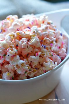 Princess Popcorn: Popcorn liberally seasoned with pink (white) chocolate and sprinkles for a tasty, and fun treat perfect for a princess party. #ad - Eazy Peazy Mealz