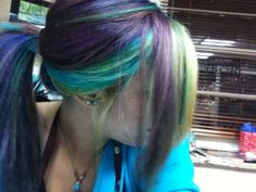i want multi-colored hair!!!