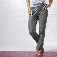 Stress-free fleece meets sleek, street style in this garment washed yoga pant.  The slim, cuffed leg is more secure during inverted poses and more flattering to your figure.