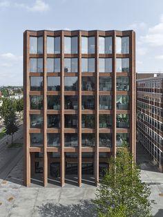 Max Dudler > Reception Building Drägerwerk