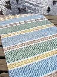 kaiku matto – Recherche Google Weaving Art, Loom Weaving, Tapestry Weaving, Hand Weaving, Braided Wool Rug, Woven Rug, Woven Fabric, Weaving Designs, Weaving Patterns