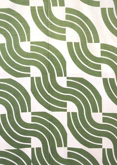 Green Waves, kimono. Moriguchi Kunihiko. Plain weave silk with freehand paste-resist decoration. Kyoto, Japan, 1973 (V: FE.420-1992). From V Pattern Series II: Kimono published by V Publishing and Abrams Books.
