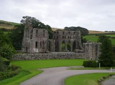 Dundrennan Abbey near Kirkcudbright © Chez Eskay/Flick Best Of Scotland, Scotland History, England And Scotland, Gatehouse Of Fleet, Melrose Abbey, Paisley Scotland, Painted Cottage, Historical Landmarks, Scottish Castles