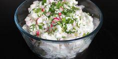 Kold kartoffelsalat med radiser og purløg