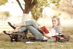 Love this idea for a senior picture for a book worm/writer. I think this one is it Brianna! College Senior Pictures, Grad Pics, School Pictures, Senior Photos, Graduation Pics, Senior Photography, Little Boy Photography, Cute Photography, Senior Picture Props