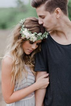 Sweet Engagement Photo and Poses Ideas via Jennefer Wilson