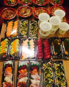 Todo esto y más que no se ve en la foto hemos repartido a domicilio en #Hanakura. Disfruta de nuestras promos de delivery http://ift.tt/2hiGa3U