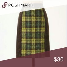 "Anthropologie plaid swathe skirt Never worn but tag inside has been cut ! Cotton Lined inside, really cute for fall ! Sz 6 Waist 28"" length 20"" Anthropologie Skirts Pencil"