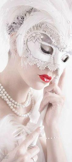 Masquerade style | LBV ♥✤ | BeStayBeautiful