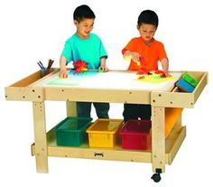 Kids Craft  + Light and Tracing Table