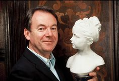 book an antiques expert for an event, book Eric Knowles for after dinner speaking, book Eric Knowles presenter