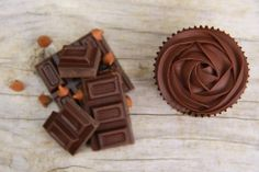 Chocolate Cupcakes, Candy, Food, Essen, Meals, Sweets, Candy Bars, Yemek, Eten