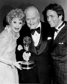 """Lucille Ball, Red Skelton, and John Ritter. Lucy hosted a compilation episode of """"Three's Company"""", and said it was one of her favorite shows. Golden Age Of Hollywood, Vintage Hollywood, Hollywood Stars, Classic Hollywood, John Ritter, I Love Lucy Show, Queens Of Comedy, Viejo Hollywood, Lucille Ball Desi Arnaz"""