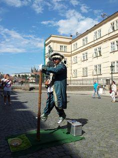 Levitating Mozart...
