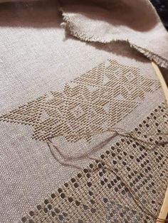 Irmgard Maxwell's media content and analytics Embroidery Bags, Hardanger Embroidery, Hand Embroidery Stitches, Crewel Embroidery, Cross Stitch Embroidery, Embroidery Patterns, Cross Stitch Patterns, Russian Cross Stitch, Smocking Patterns