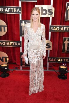 Julie Bowen in J. Mendel and Randall Scott Fine Jewelry