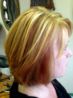 This below the chin length layered Bob is bouncy and beautiful! Chin Length Cuts, Golden Blonde Highlights, Bob, Warm, Beauty, Beautiful, Color, Bob Cuts, Colour