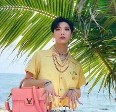 Ten out here slaying better than the fake ass hoes in my school- Meme Pictures, Reaction Pictures, Funny Kpop Memes, Bts Memes, Meme Faces, Funny Faces, Nct 127, K Pop, Nail Memes