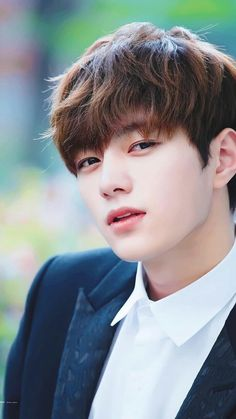Myungsoo L One of the most handsome idol . Asian Celebrities, Asian Actors, Btob, Most Handsome Korean Actors, Kim Myungsoo, Lee Sungyeol, Hot Korean Guys, Drama Funny, Boy Idols