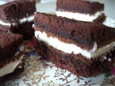 Another gob cake - tried this it's really good  **try this filling***