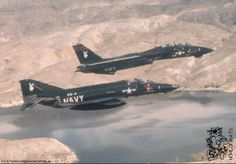 Tomcat and Phantom from USN Test Squadron VX-4 are in formation. #BlackBunny