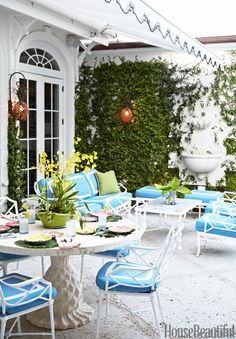 Colorful Palm Beach House - Mimi McMakin Ashley Sharpe Palm Beach House