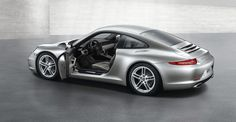 The new 911. Love the new tail. Classic, timeless, modern.