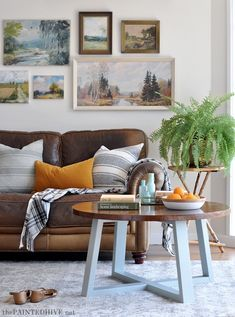 Elegant Interior Paint Colors Home Depot Ideas – Farmhouse interior livingroom Farmhouse Interior, Diy Interior, Interior Walls, Living Room Interior, Interior Decorating, Interior Livingroom, Interior Design, Living Room Paint, Living Room Colors