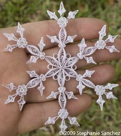 paper snowflake quilling anyone? wow looks hard to create