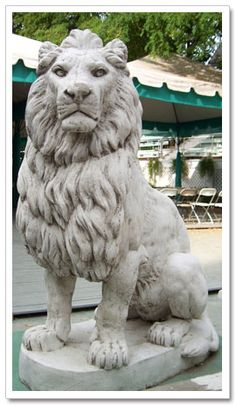 Lion statue just smaller much smaller