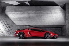 Inferno: Lamborghini Aventador LP 750-4 Superveloce - FHM.nl