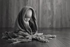 iowa child baby photographer photography studio des moines iowa 6 month old baby photo