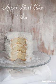 Pastel de Angel con crema de lichis y coco – Coconut