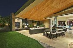 Resultado de imagen para living room opens to patio