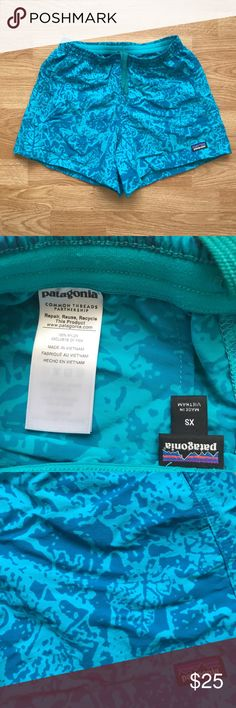 """Patagonia Women's Baggies Shorts BRAND NEW WITHOUT TAGS NEVER WORN Size: XS Color: canopy cover epic blue Relaxed fit SUPPLEX nylon Brushed elastic waistband with drawstring 5"""" inseam Patagonia Shorts"""